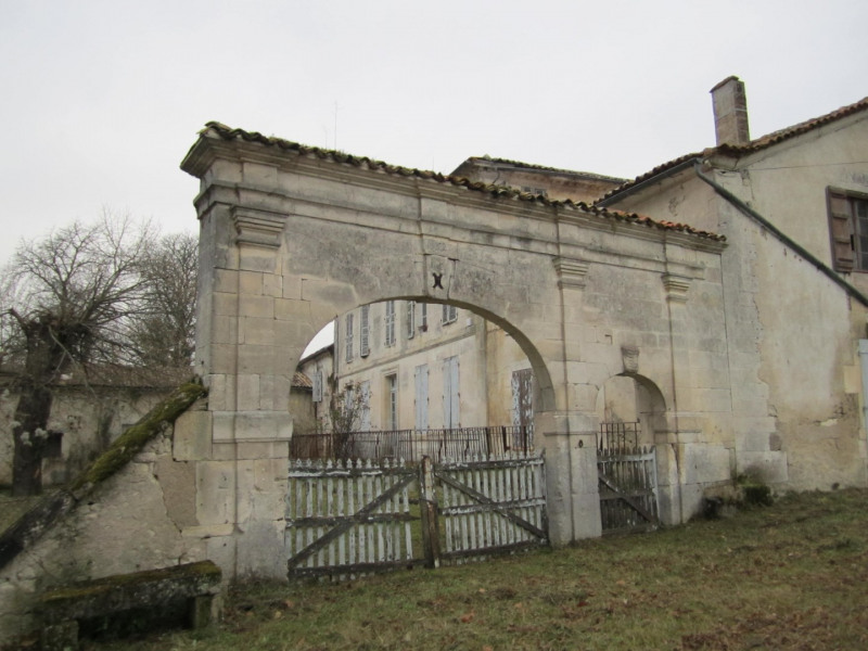 Vente maison / villa Barbezieux saint hilaire 210000€ - Photo 3