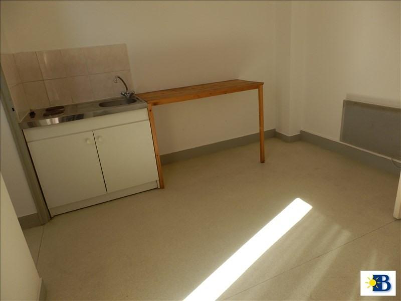 Location appartement Chatellerault 282€ CC - Photo 2