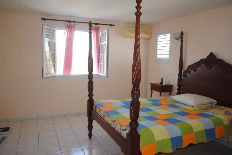 Sale house / villa Sainte luce 409500€ - Picture 6