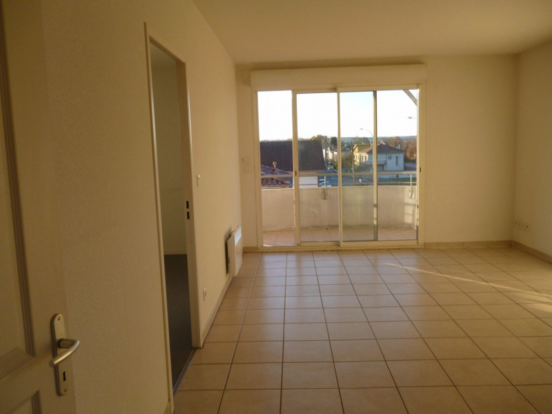 Location appartement Tarbes 506€ CC - Photo 2