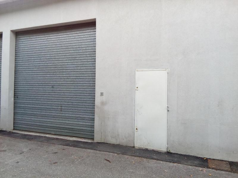 Location boutique Saint symphorien d'ozon 984€ CC - Photo 1
