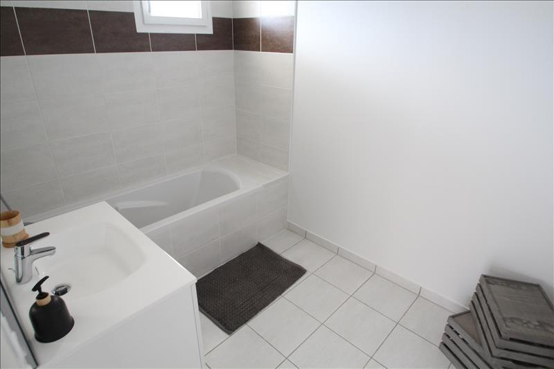 Sale apartment Barberaz 306000€ - Picture 4