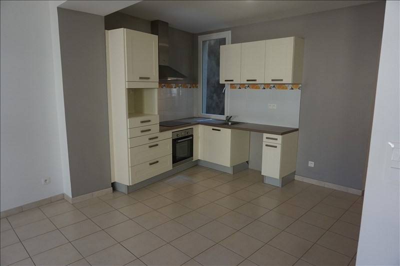 Rental apartment Lodeve 640€ CC - Picture 9