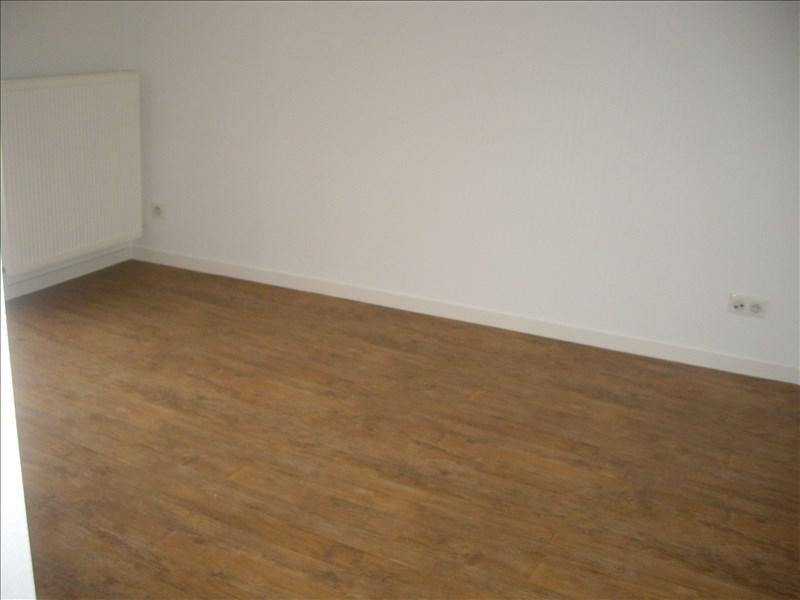 Location maison / villa Renaison 598€ +CH - Photo 7