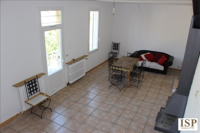 Rental house / villa Marseille 15 1 111€ CC - Picture 6