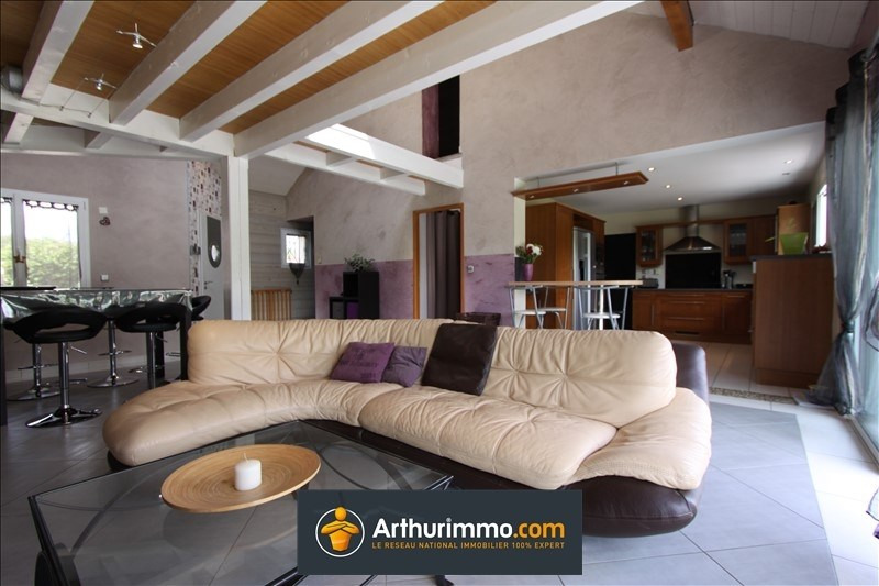 Sale house / villa Belley 320 000€ - Picture 4