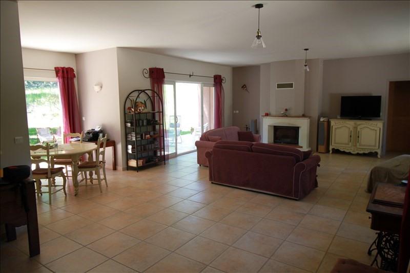 Vente de prestige maison / villa Le puy ste reparade 799000€ - Photo 2