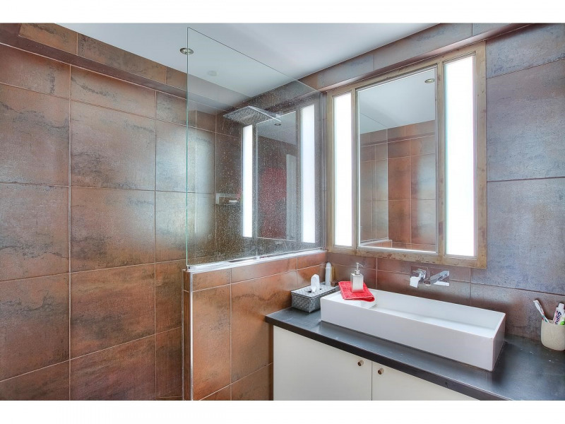 Deluxe sale apartment Nice 568500€ - Picture 11