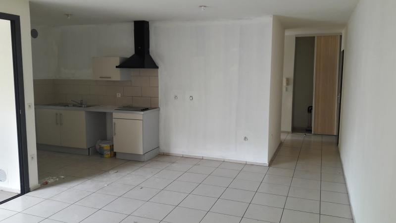 Sale apartment St paul 185000€ - Picture 3
