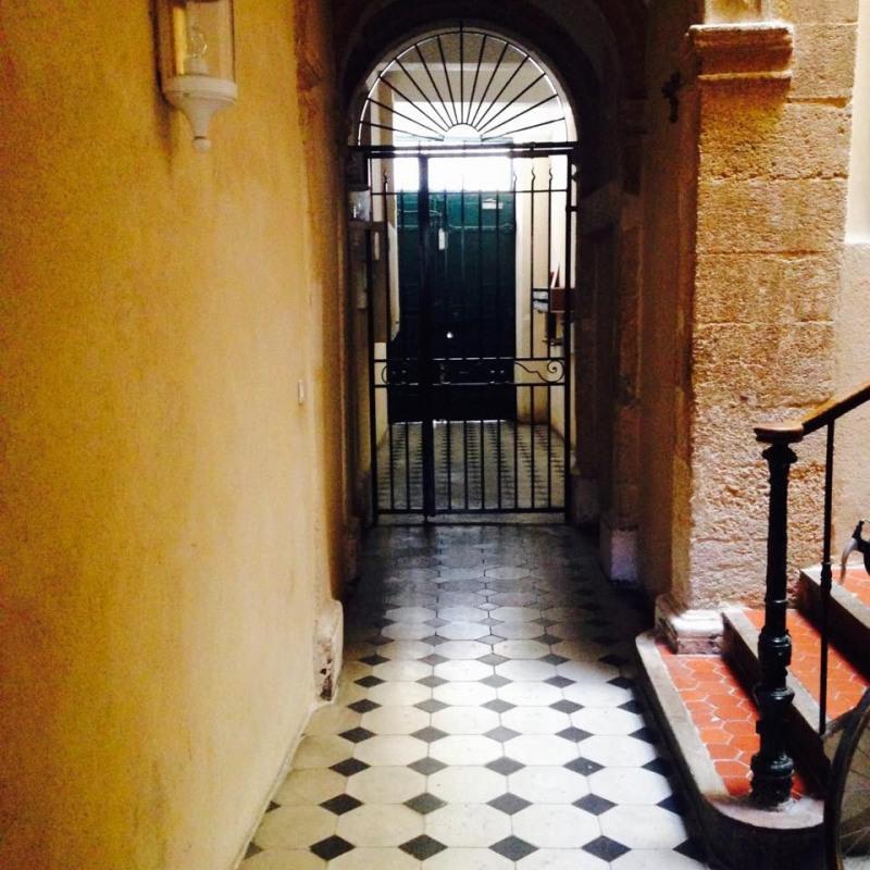 Verhuren  appartement Aix-en-provence 800€ CC - Foto 3