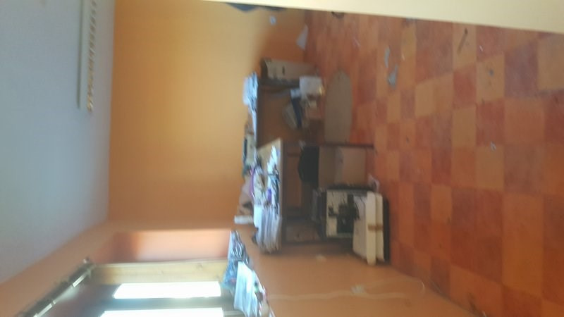Location local commercial St lo 2 420€ CC - Photo 4