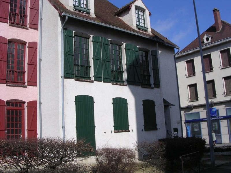 Location appartement Auxerre 489€ CC - Photo 1