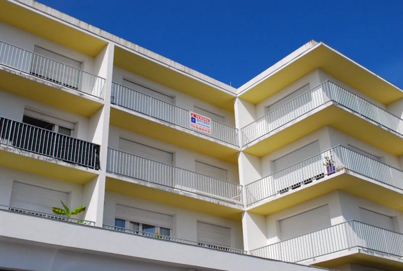 Sale apartment Royan 225000€ - Picture 1