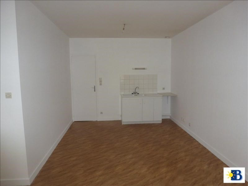 Location appartement Chatellerault 310€ CC - Photo 1