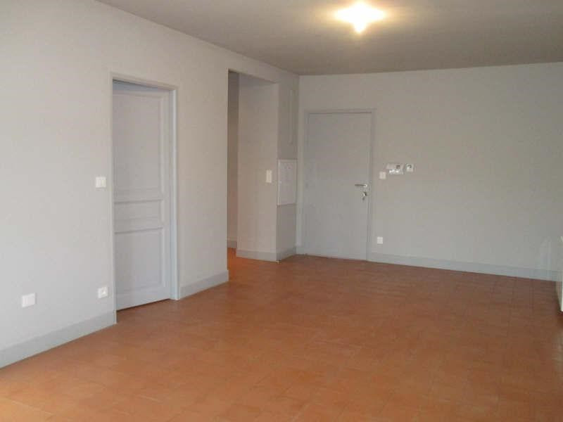 Location appartement Nimes 808€ CC - Photo 3