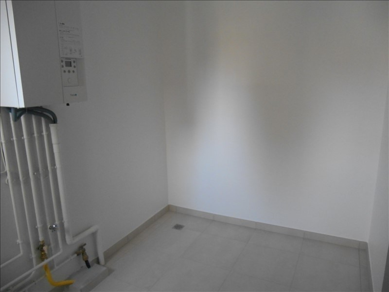 Location maison / villa Troyes 810€ CC - Photo 5