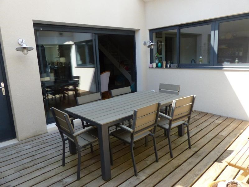 Deluxe sale house / villa Merignac 695000€ - Picture 2