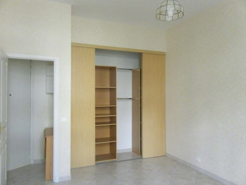 Rental apartment Marseille 5ème 605€ CC - Picture 3
