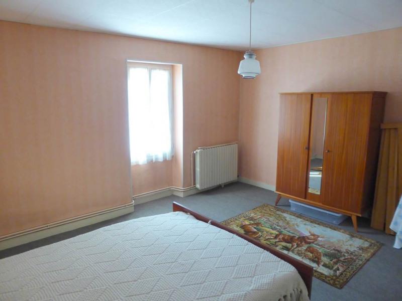 Sale house / villa Louzac-saint-andré 210000€ - Picture 10