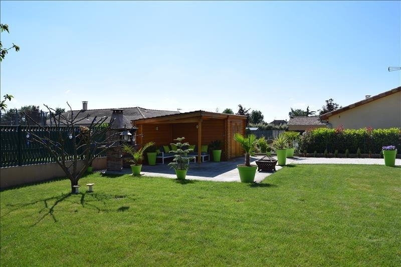 Sale house / villa Arnas 439000€ - Picture 4