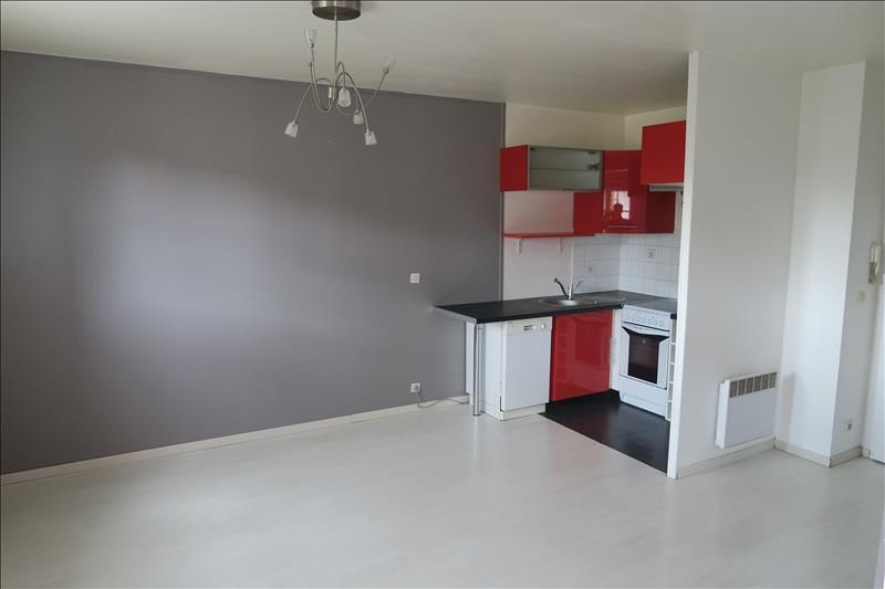 Rental apartment Longpont sur orge 631€ CC - Picture 2