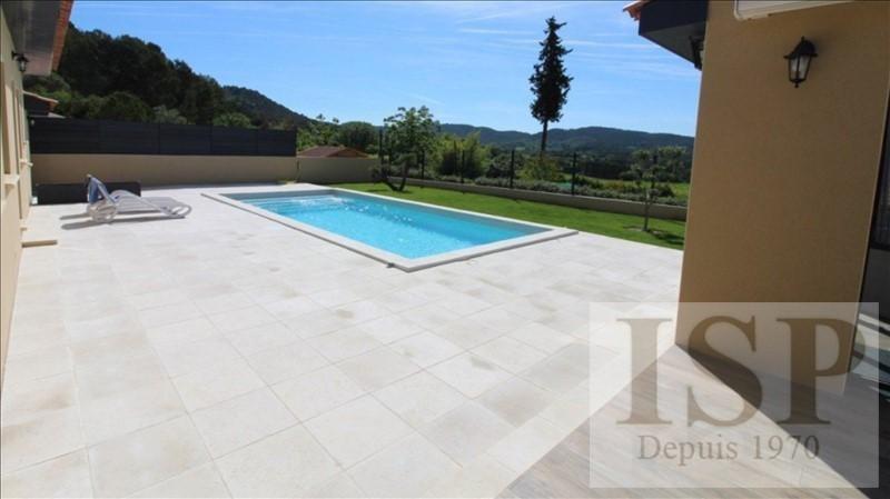 Deluxe sale house / villa La bastidonne 660000€ - Picture 2
