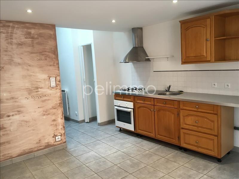 Rental apartment Eyguieres 551€ CC - Picture 2