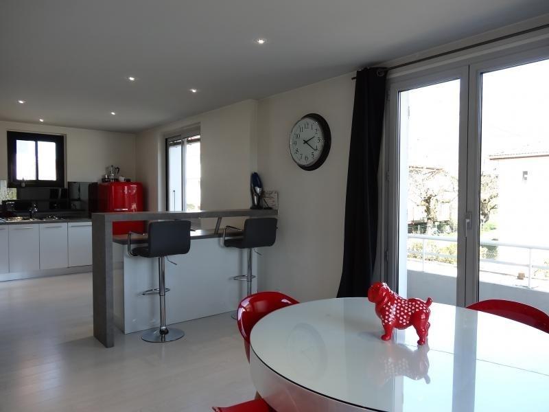 Sale house / villa Barberaz 397000€ - Picture 2