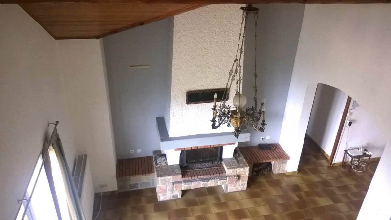 Location maison / villa Cranves-sales 2 200€ CC - Photo 8