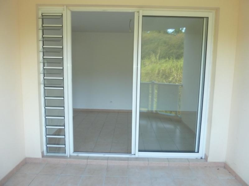Vente appartement Sainte luce 104500€ - Photo 2