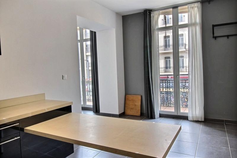 Affitto appartamento Avignon 890€ CC - Fotografia 2