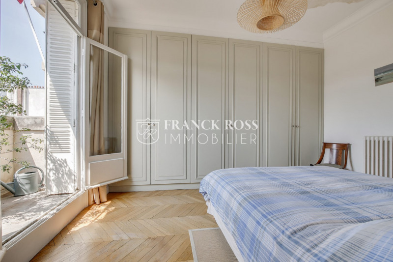 Location appartement Paris 17ème 5 500€ CC - Photo 5