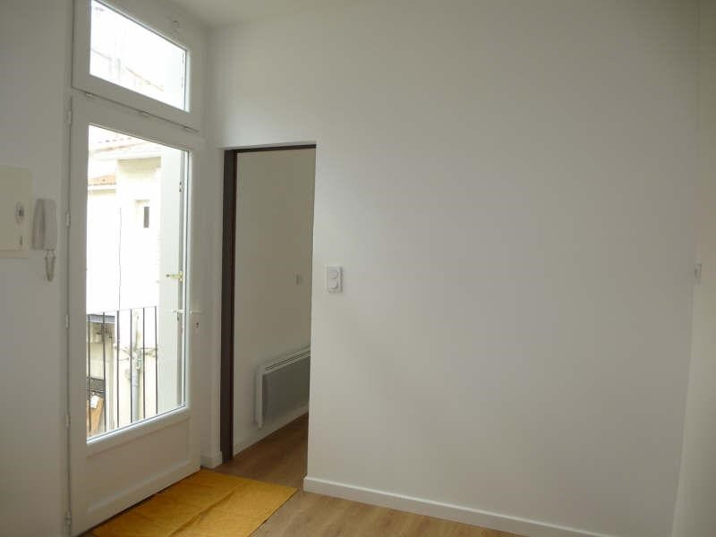 Location appartement Nimes 315€ CC - Photo 1