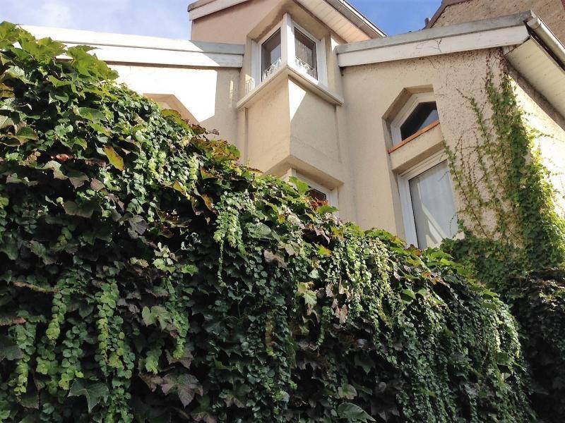 Sale house / villa Gennevilliers 565000€ - Picture 1