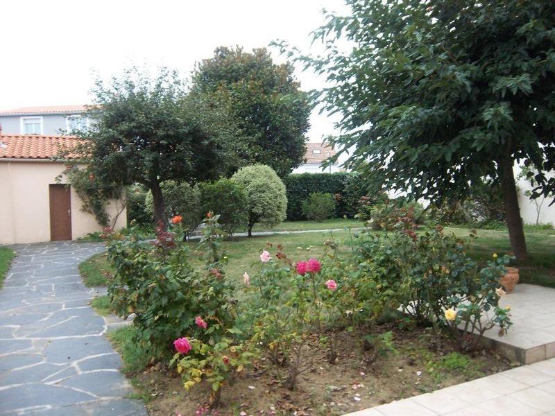 Vente de prestige maison / villa Les sables-d'olonne 883000€ - Photo 2