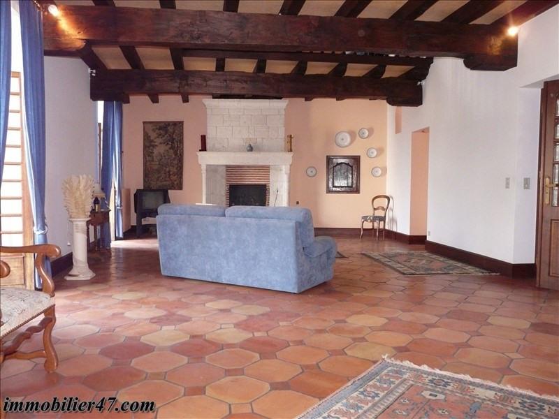 Sale house / villa Prayssas 254000€ - Picture 2