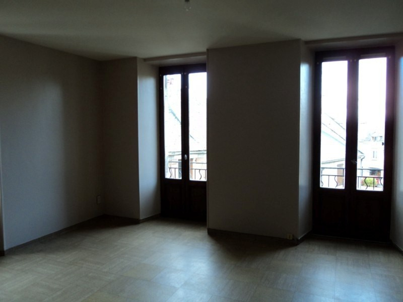 Location appartement Laissac 393€ CC - Photo 3