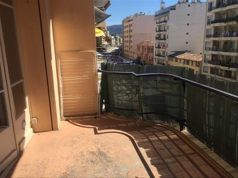 Location appartement Nice 750€ CC - Photo 3