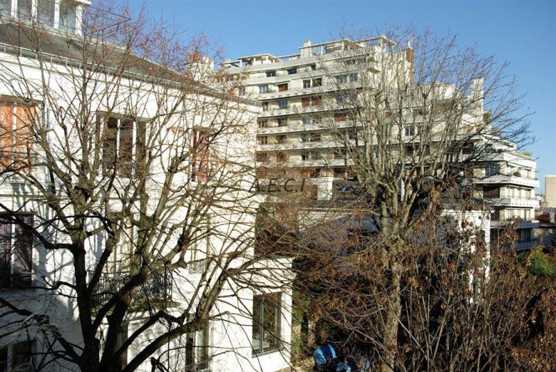 Sale apartment Courbevoie 475000€ - Picture 12