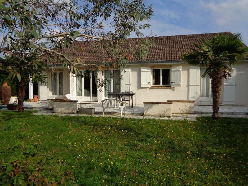 Sale house / villa Lesigny 436000€ - Picture 1