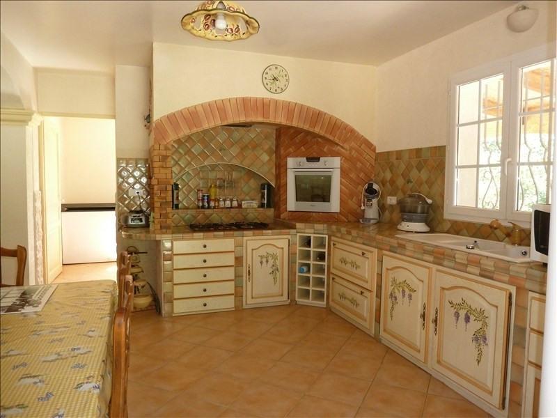 Sale house / villa St maximin la ste baume 527000€ - Picture 11