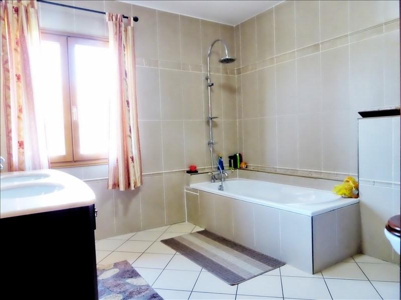 Sale house / villa Scionzier 350000€ - Picture 5