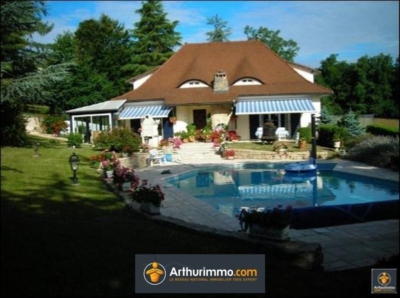 Sale house / villa Les abrets 398000€ - Picture 1