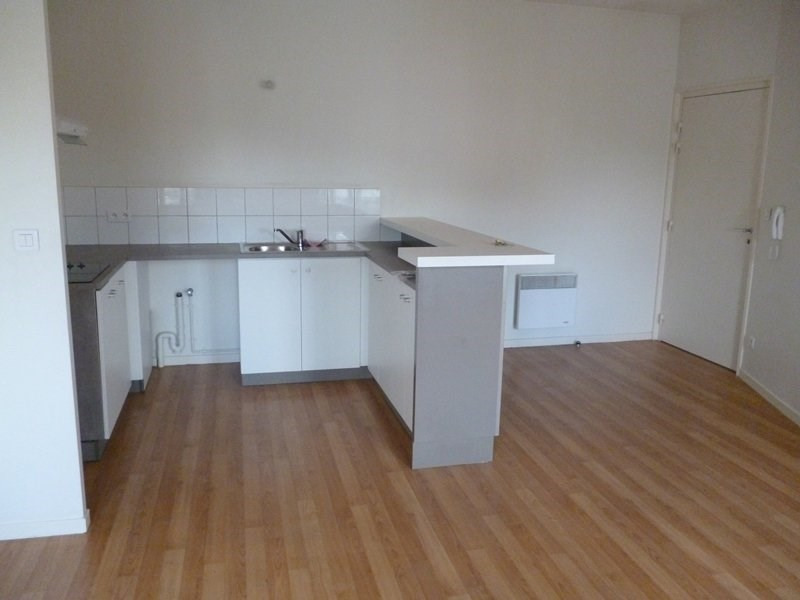 Rental apartment Aureilhan 420€ CC - Picture 1