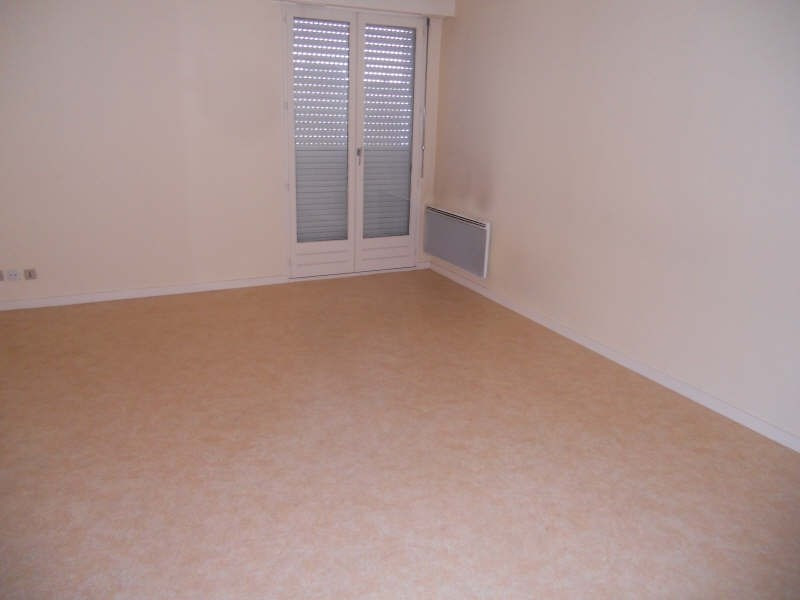 Location appartement Niort 399€ CC - Photo 2