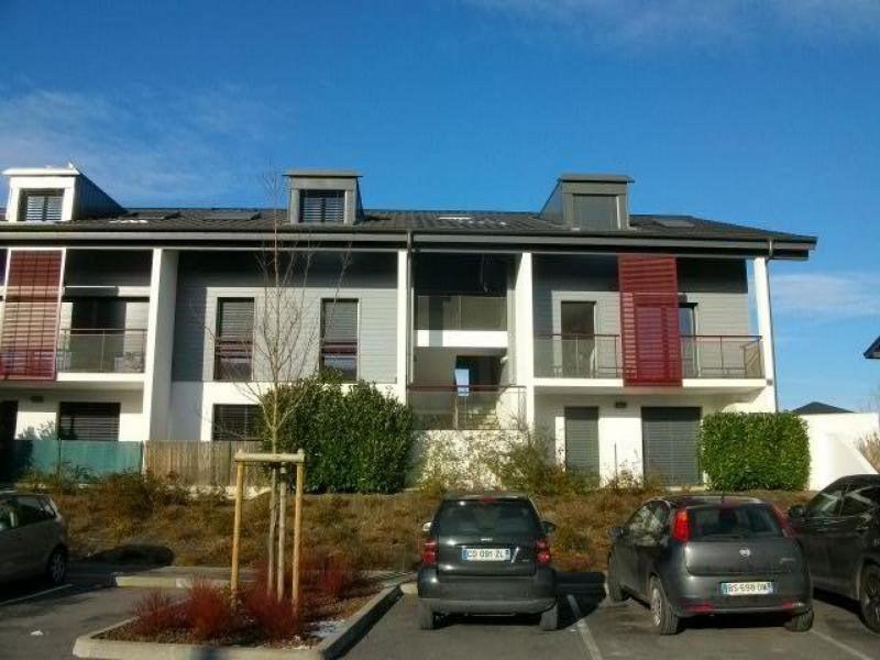 Location appartement Chens-sur-léman 978€ CC - Photo 1