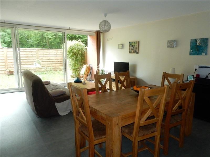 Sale apartment Vaux le penil 148000€ - Picture 2