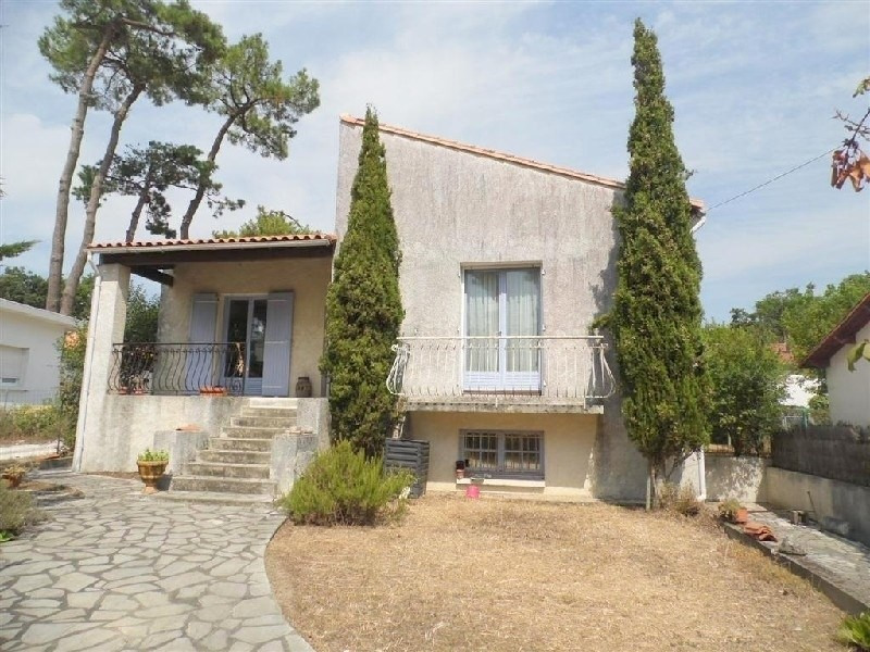Sale house / villa Saint georges de didonne 273000€ - Picture 1