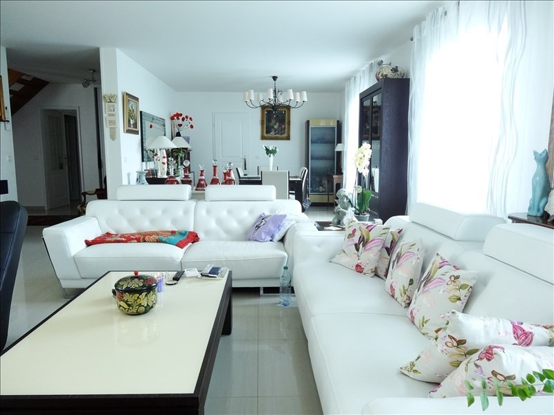 Deluxe sale house / villa Aigremont 1195760€ - Picture 2