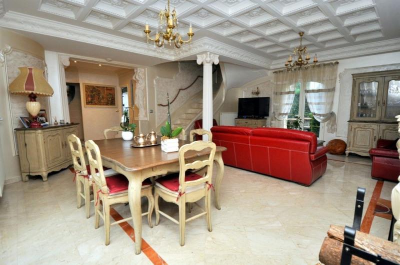 Sale house / villa Le val st germain 695000€ - Picture 6